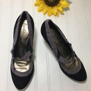 Boden Ribbon Trim Heels, Leather, Size 8, EUC